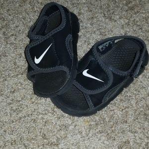 Nike sandles toddler